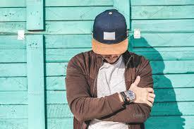 5 Cara Menghilangkan Sablon Di Topi Tanpa Bekas!