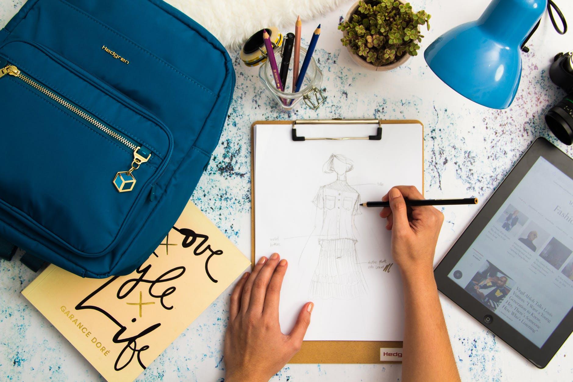 Ingin Jadi Desainer? Yuk, Belajar Desain Baju Otodidak Disini!