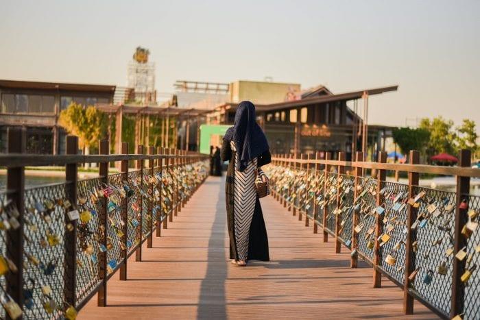 Mengenal Hijab Bahan Voal yang Digemari Wanita Saat ini