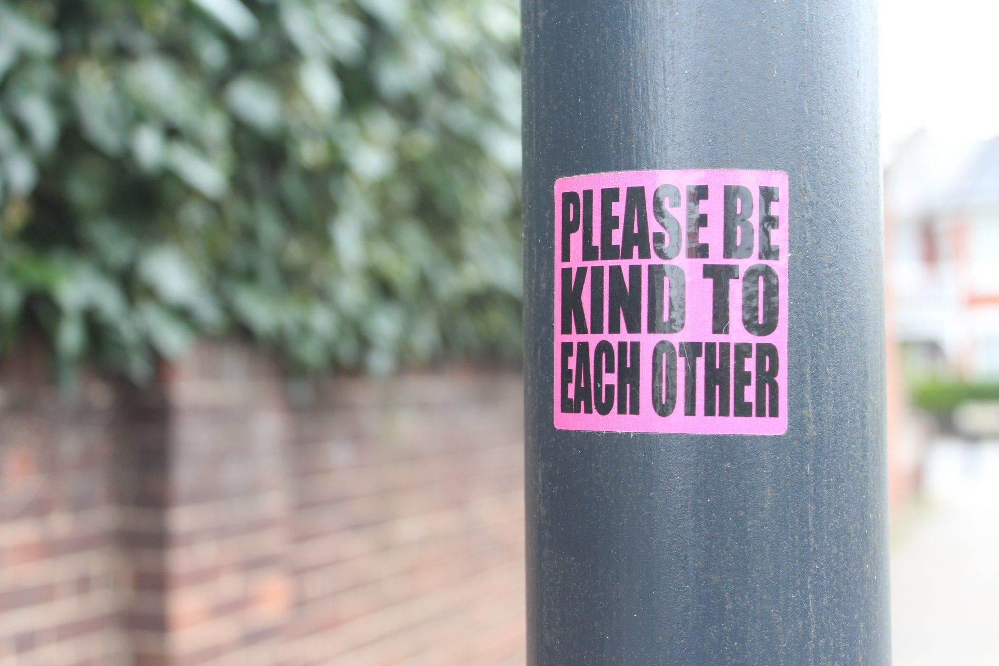 Kebutuhan Print Stiker Transparan Untuk Promosi