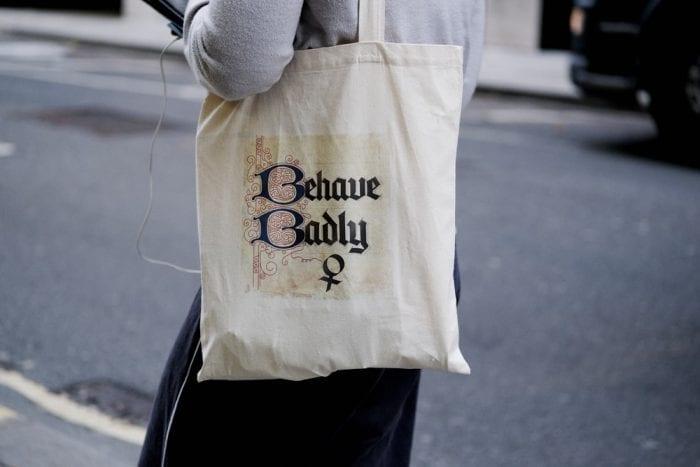 Berbagai Macam Contoh Tote Bag untuk Anda