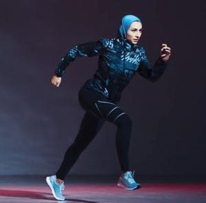 contoh penggunaan hijab untuk olahraga