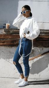 gaya memasukan baju oversize untuk style ootd bagi wanita
