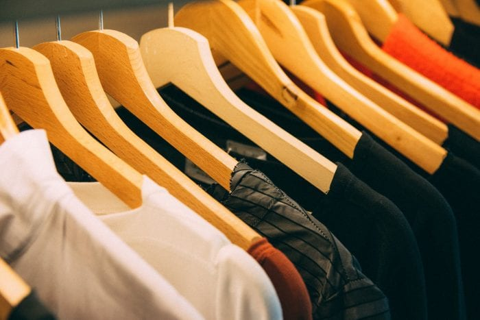 4 Cara Menghilangkan Getah Pisang di Baju