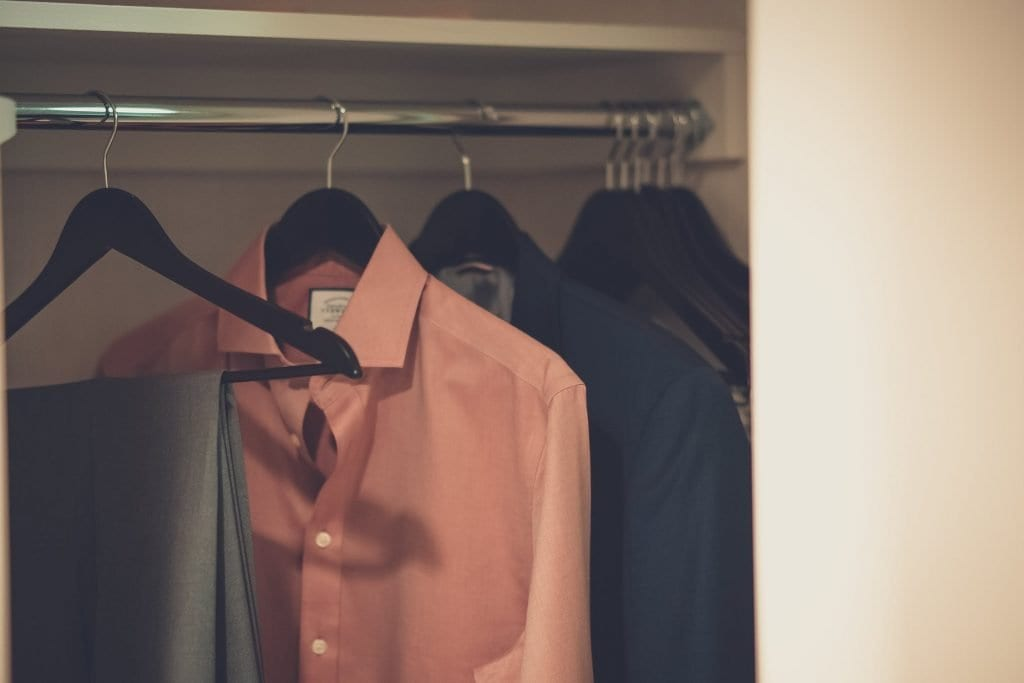 cara menghilangkan noda oli di baju