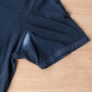 cara menghilangkan noda bandel deodoran di baju