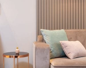 contoh sarung bantal soft pada ruangan minimalis